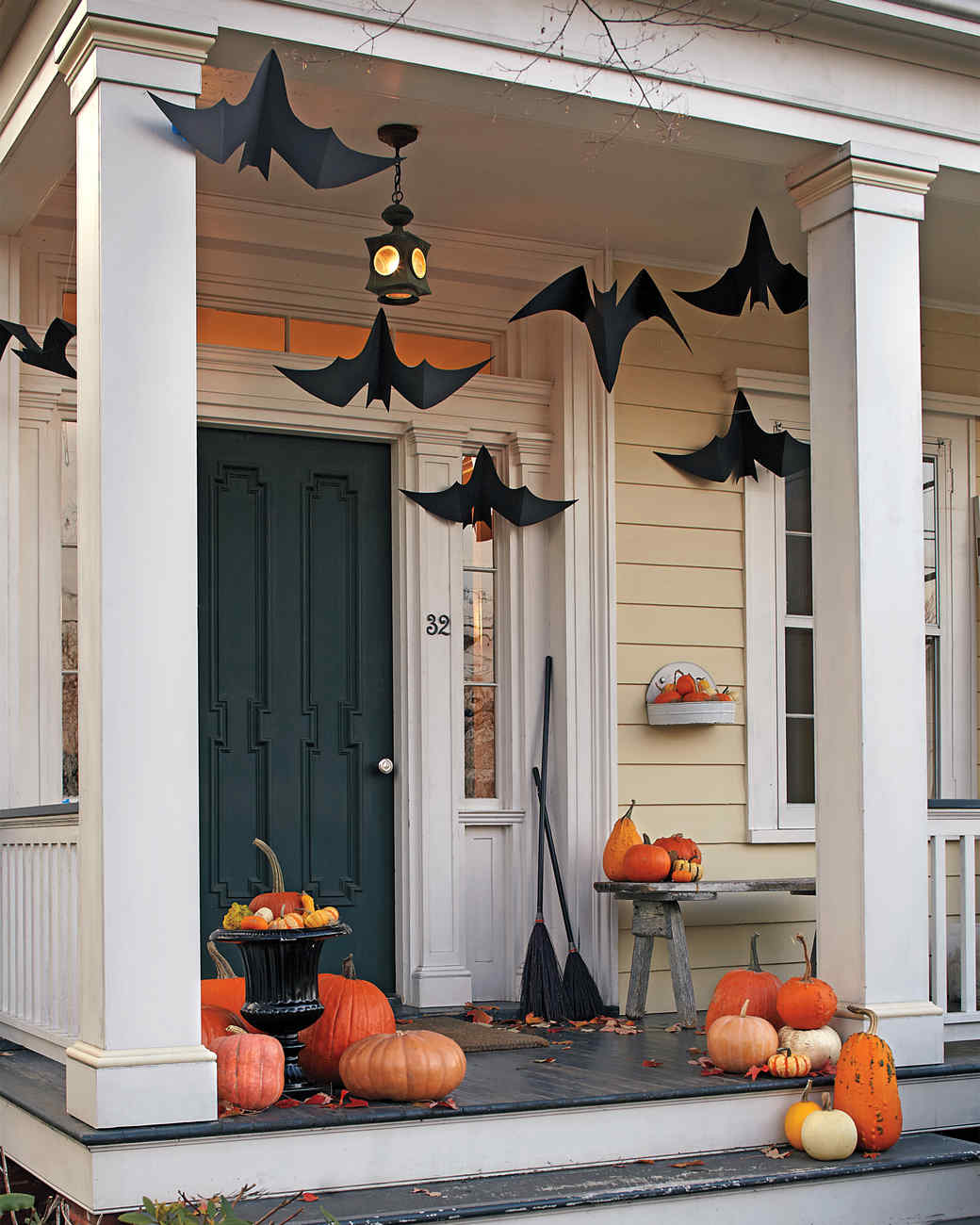 Outdoor halloween decorations 2014 - Hanging Bats