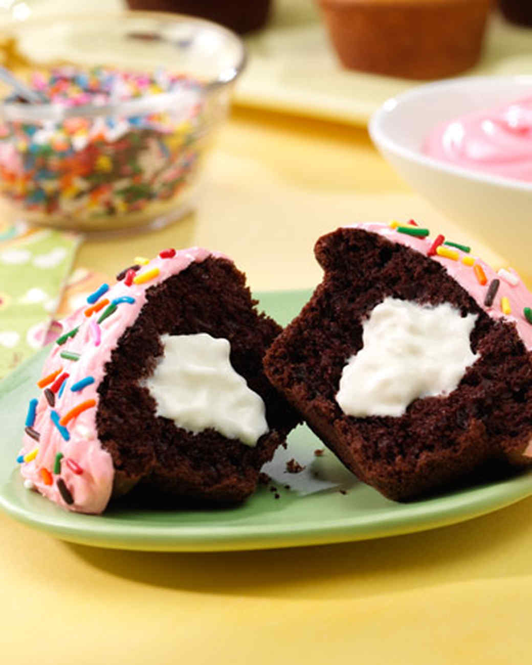reddiwip_filled_cupcakes.jpg