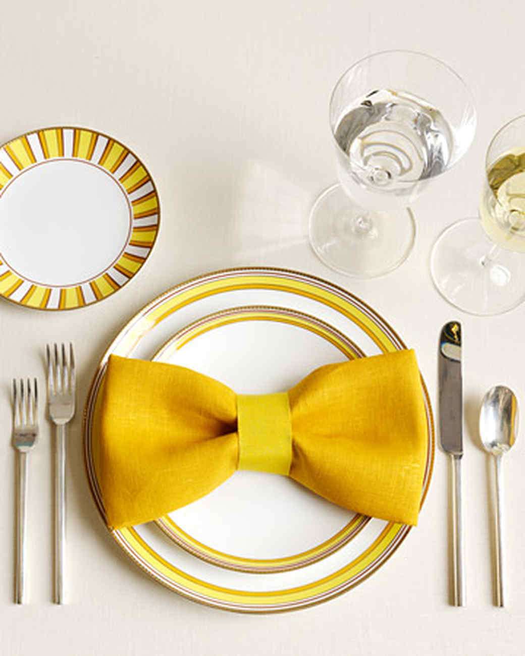 The Art Of Napkin Folding One Napkin 12 Ways Martha