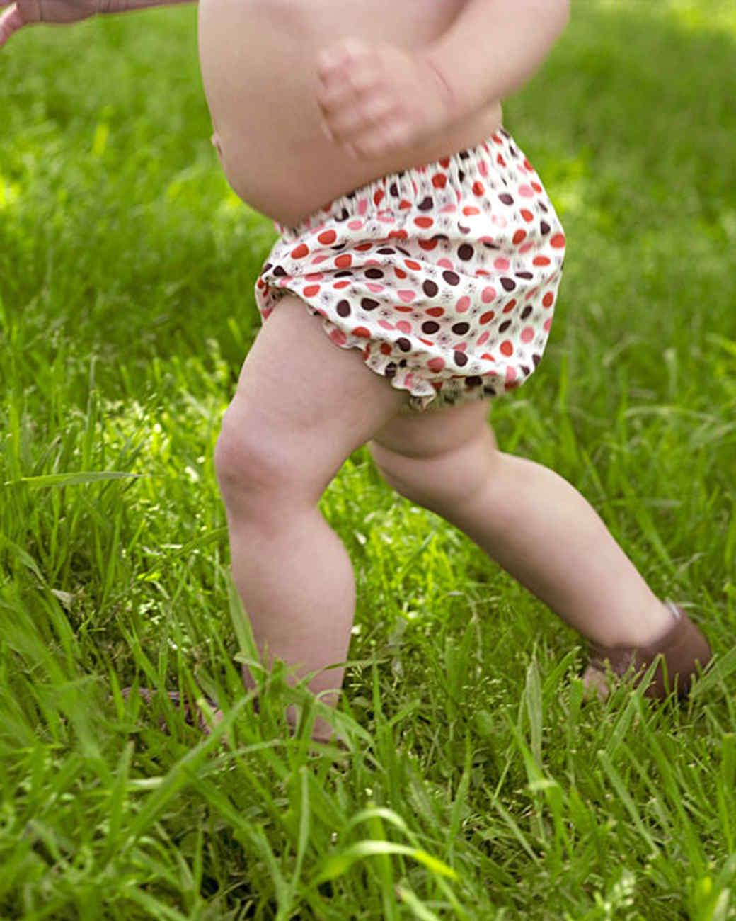 6110_022811_baby_bloomers.jpg