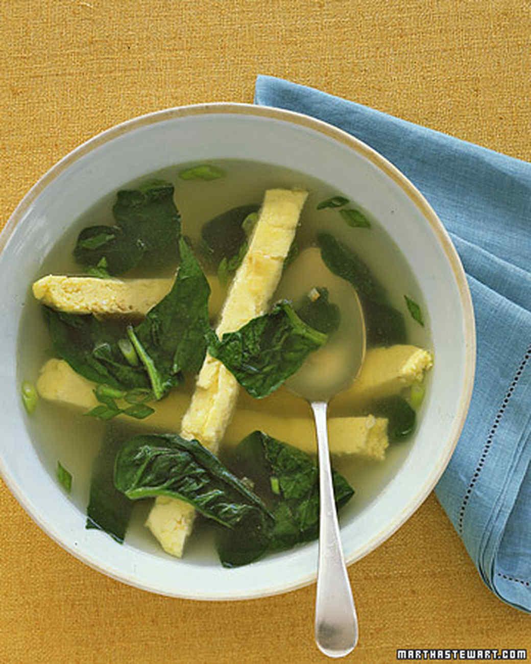 ba102038_0506_spinachsoup.jpg