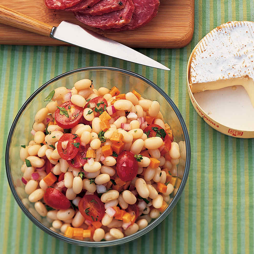 White Bean Salad with Carrots and Tomatoes