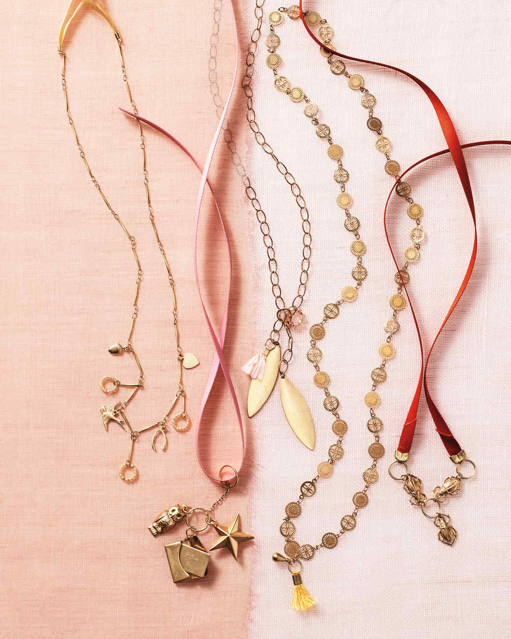 chains-charms-068-d112541.jpg