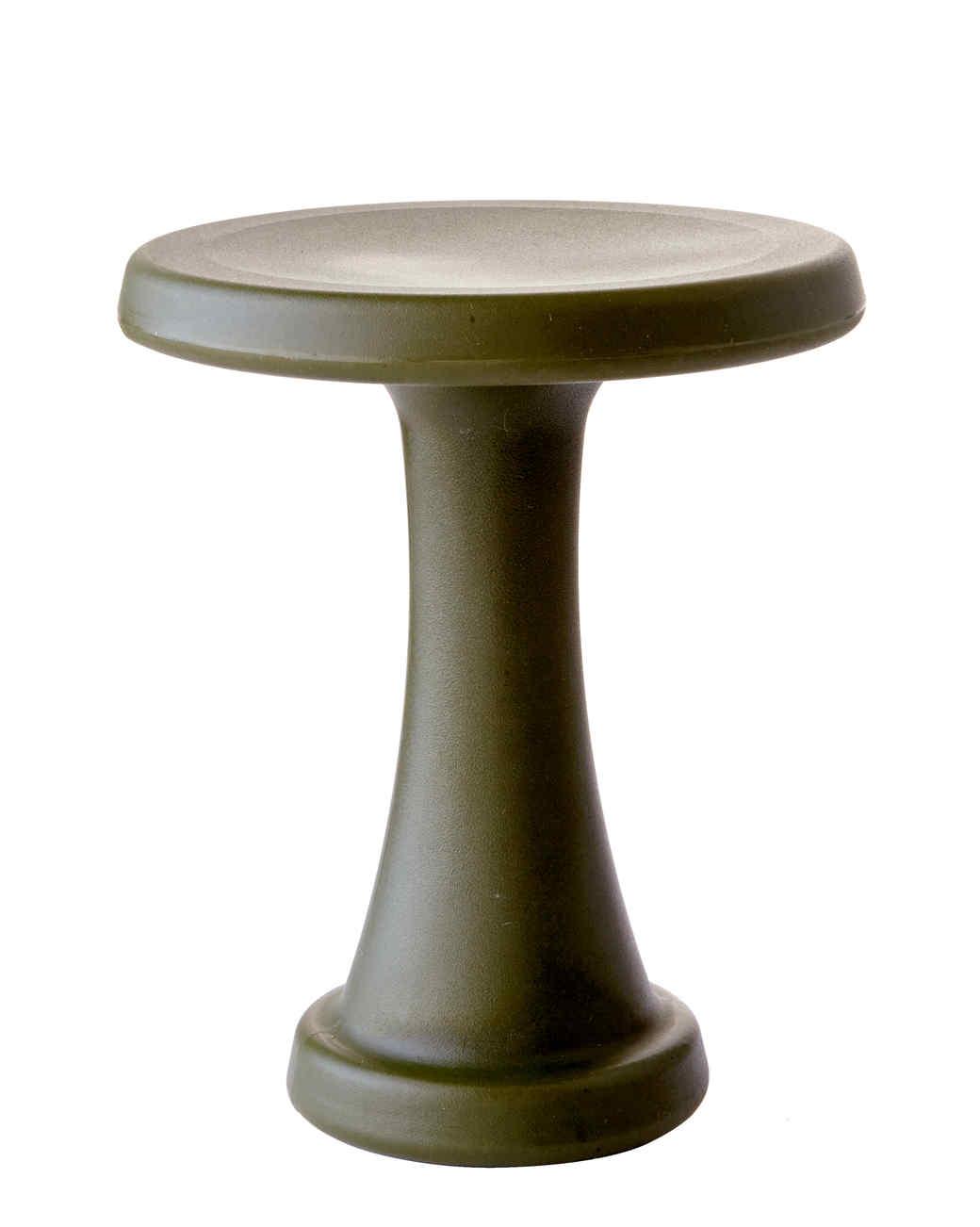 garden-stool-4531-d111384.jpg