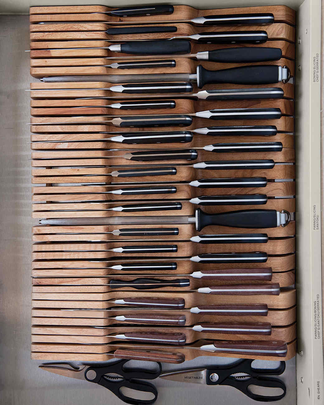 md106031_0910_knives_0074.jpg