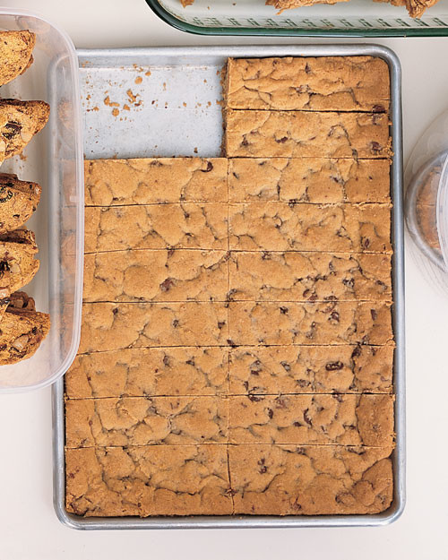 Chocolate Chip Cookie Bars Recipe | Martha Stewart