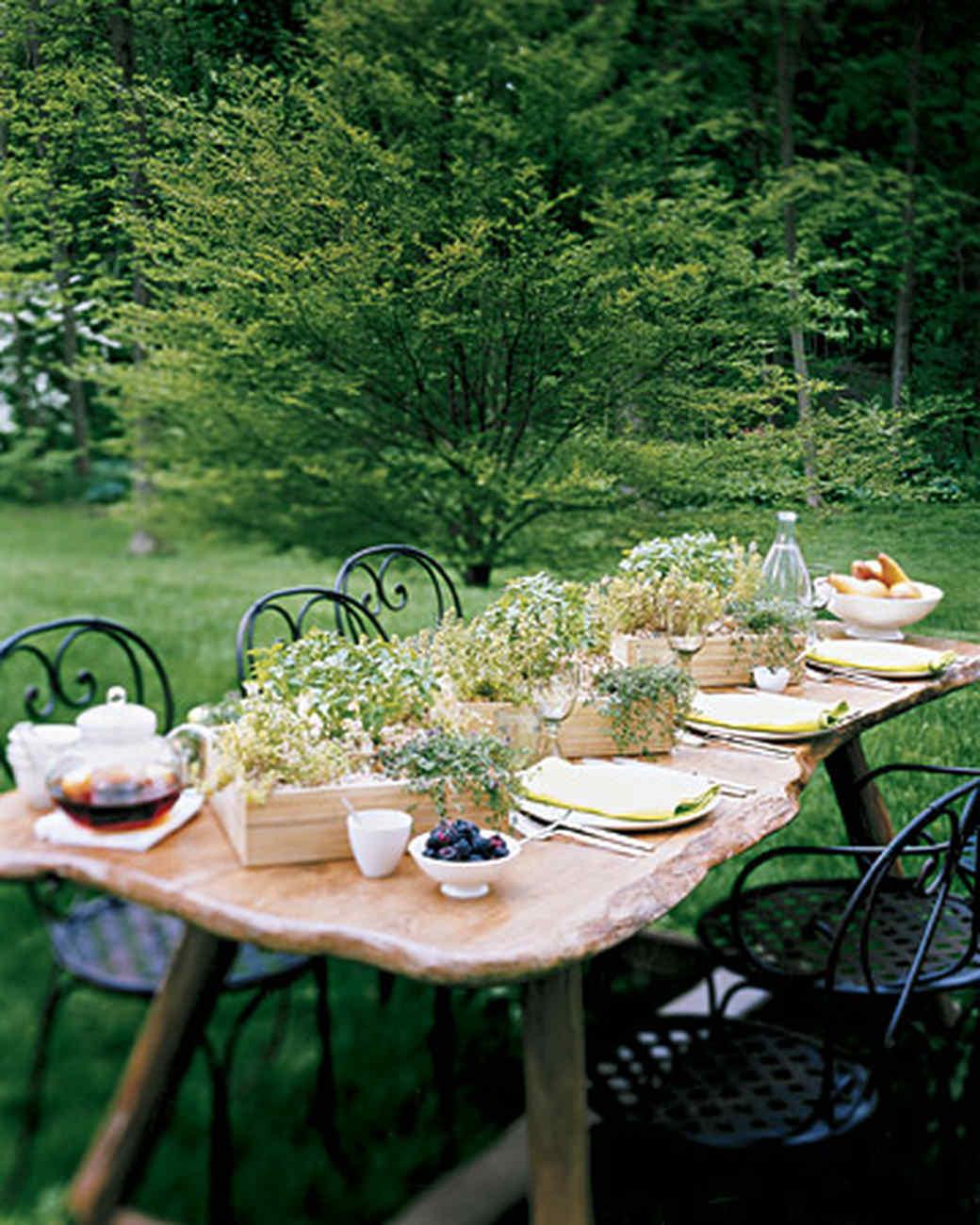 Herb Centerpieces 2 Ways Martha Stewart
