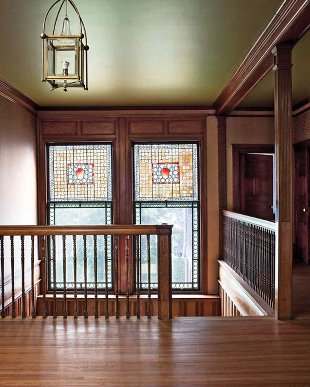 Isaac bell house in newport ri martha stewart - Arts and crafts bungalow interiors ...