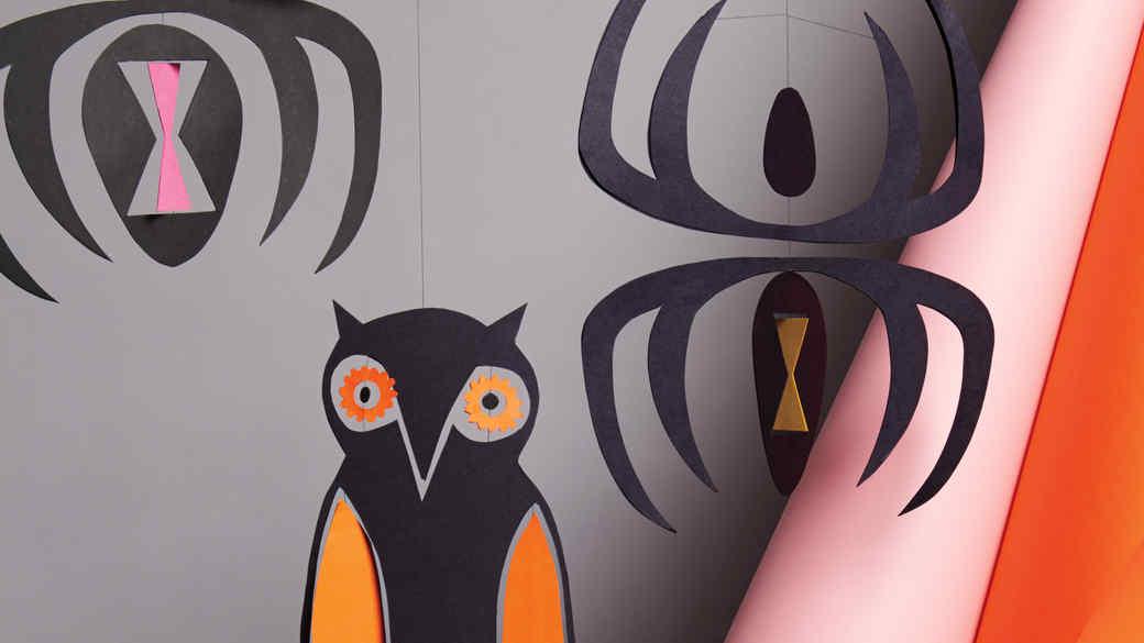 paper mobiles spiders owl halloween