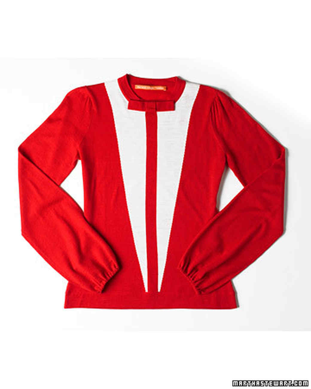 pd103242_0907_pmp_sweater.jpg