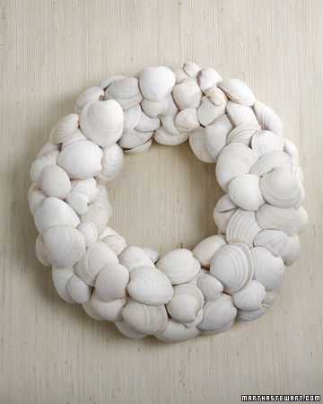 2120_craft_clamshellwreath