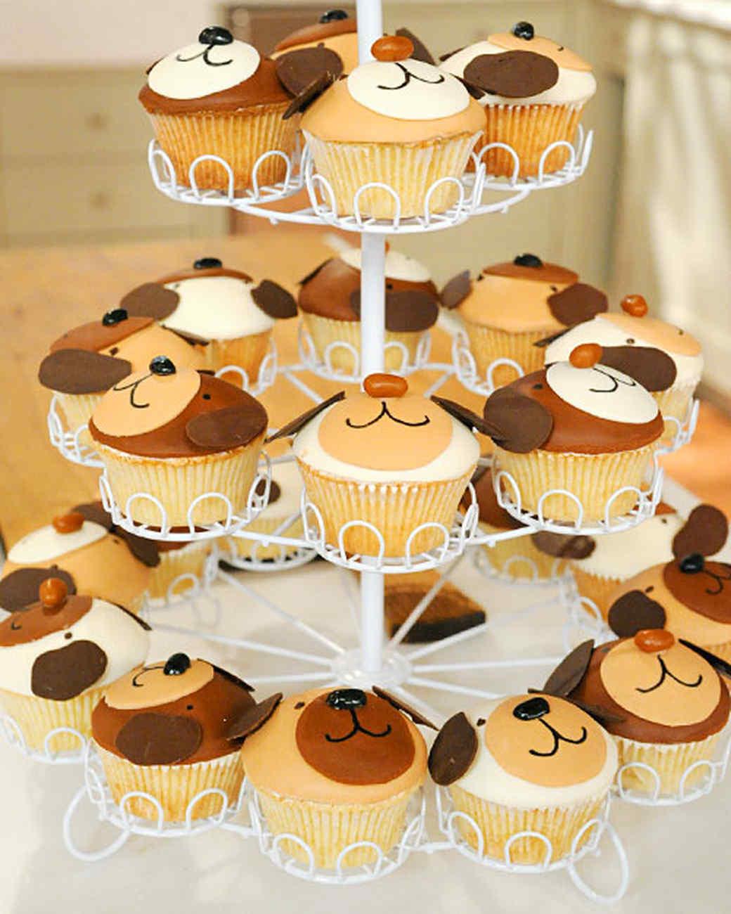 6136_042111_puppy_cupcakes.jpg