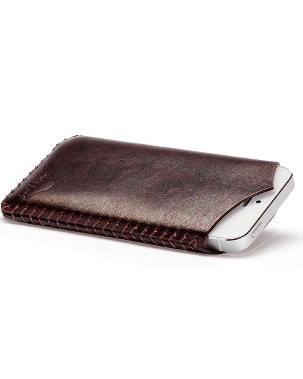 bison-iphone-5-sleeve-0915.jpg