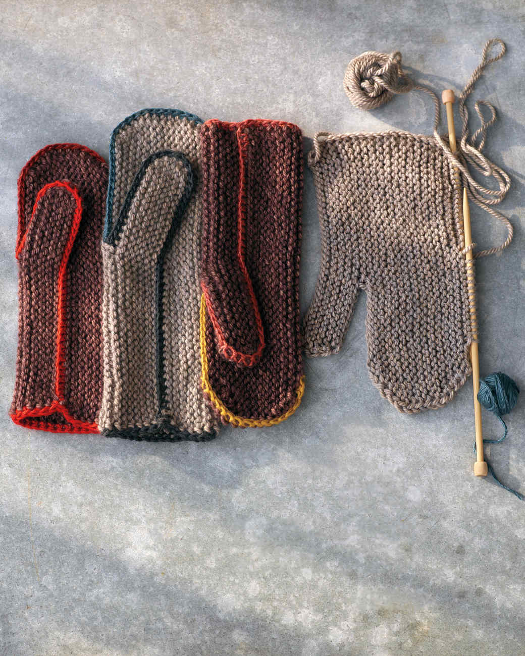 knit-mittens-313r-md110598.jpg