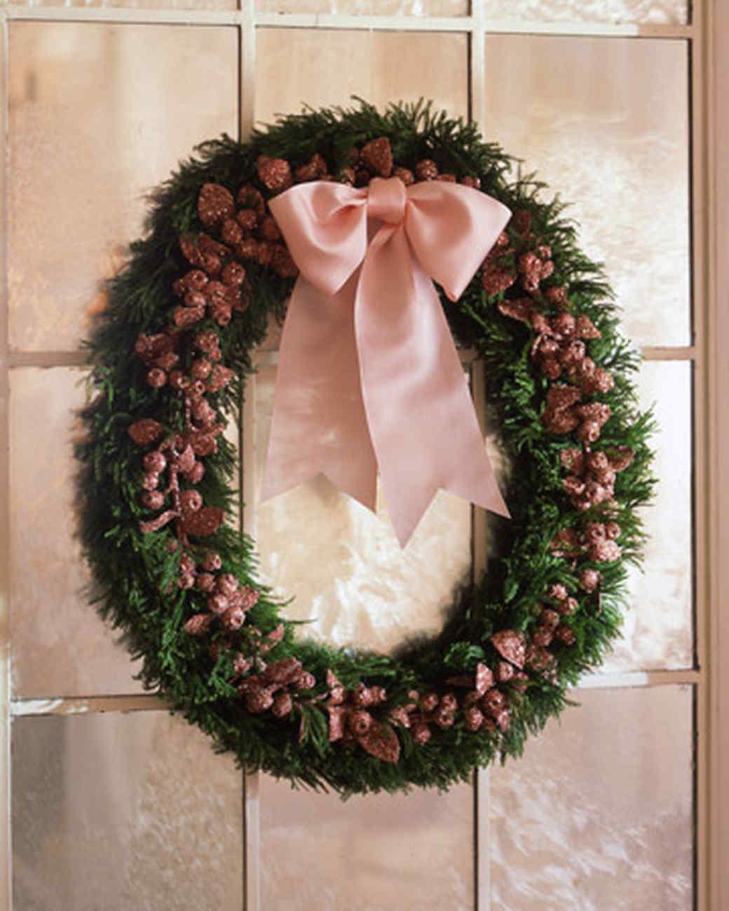 holiday wreaths martha stewart. Black Bedroom Furniture Sets. Home Design Ideas