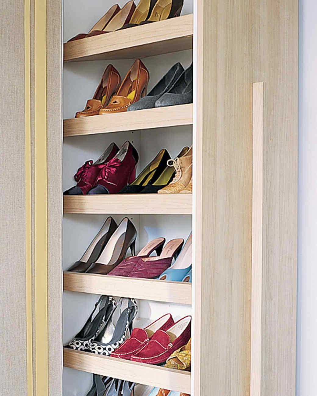 Обувница можно изготовить своими руками