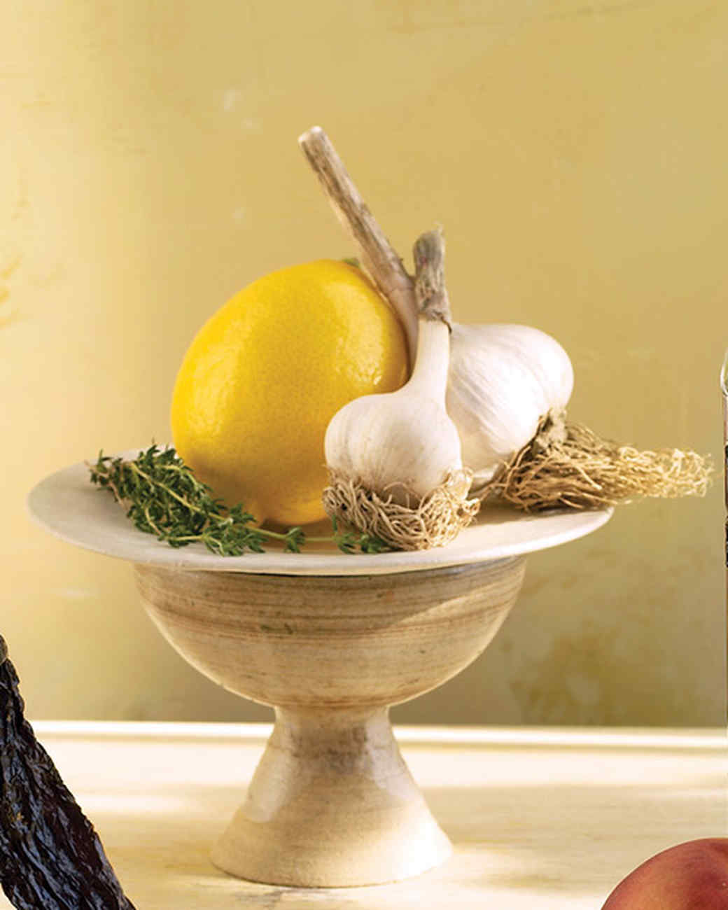 mld04320_0609_garlic_lemon.jpg