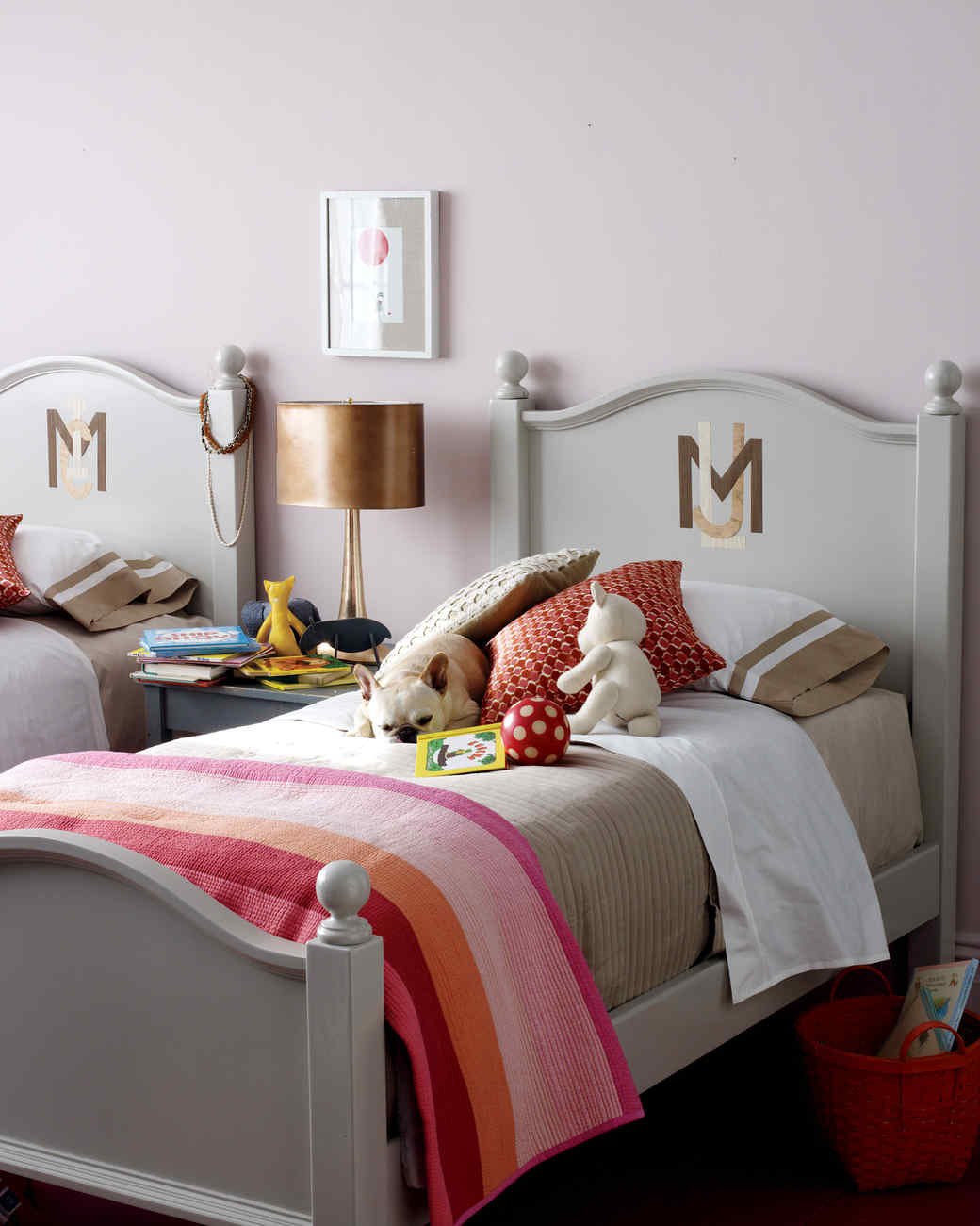 Monogram Decorations For Bedroom Girls Bedroom Ideas For The Thoroughly Sophisticated Young Lady