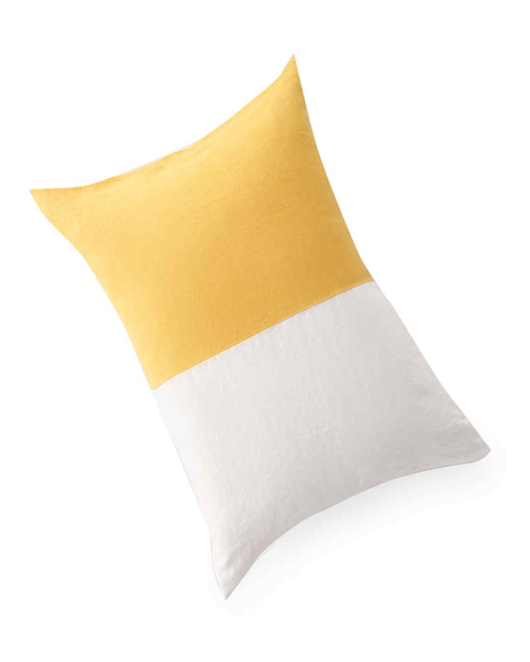 pillow-finds-0811mld107422.jpg