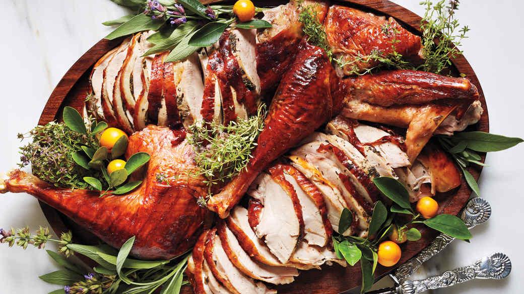 Midwest Meets West Coast: Food Editor Lindsay Strand's Thanksgiving Menu