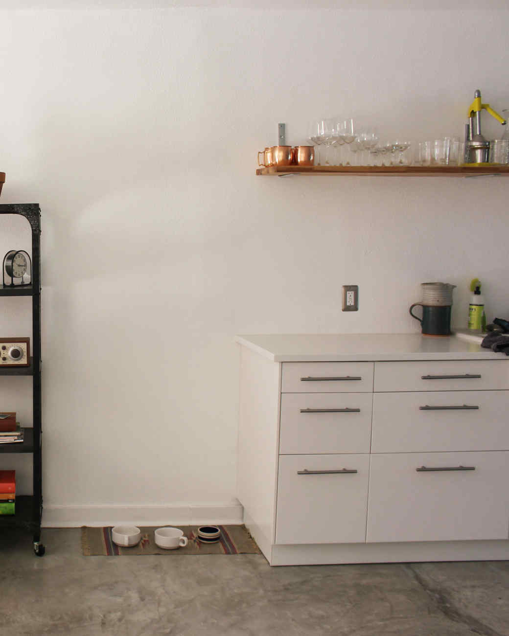 8-living-kitchen-wall-after.jpg