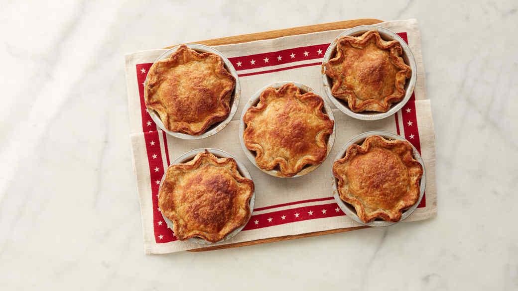 Apple Pie with Pecan Streusel