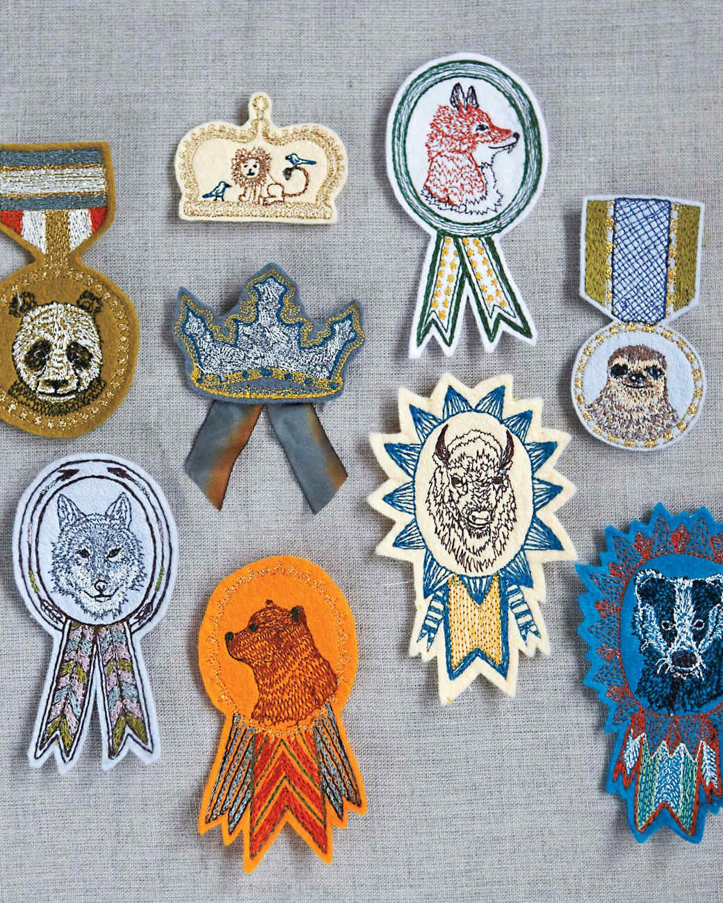 coral-tusk-badges-mld109600.jpg
