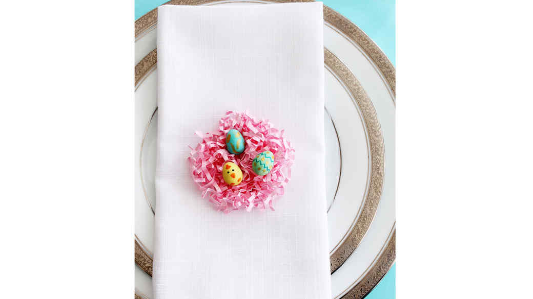 Easter Place Setting Idea: A Tiny Nest of Candy Chicks