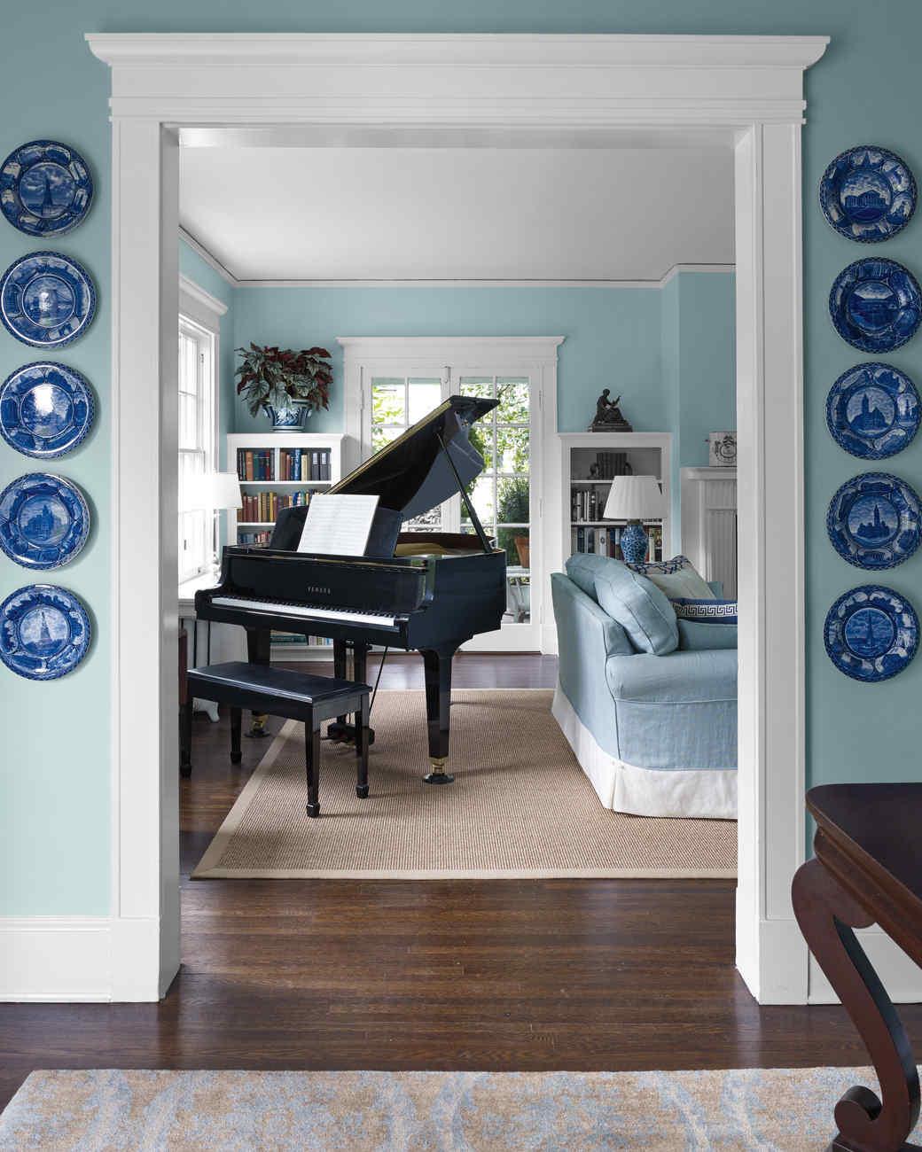 livingroom02991502-md110699.jpg