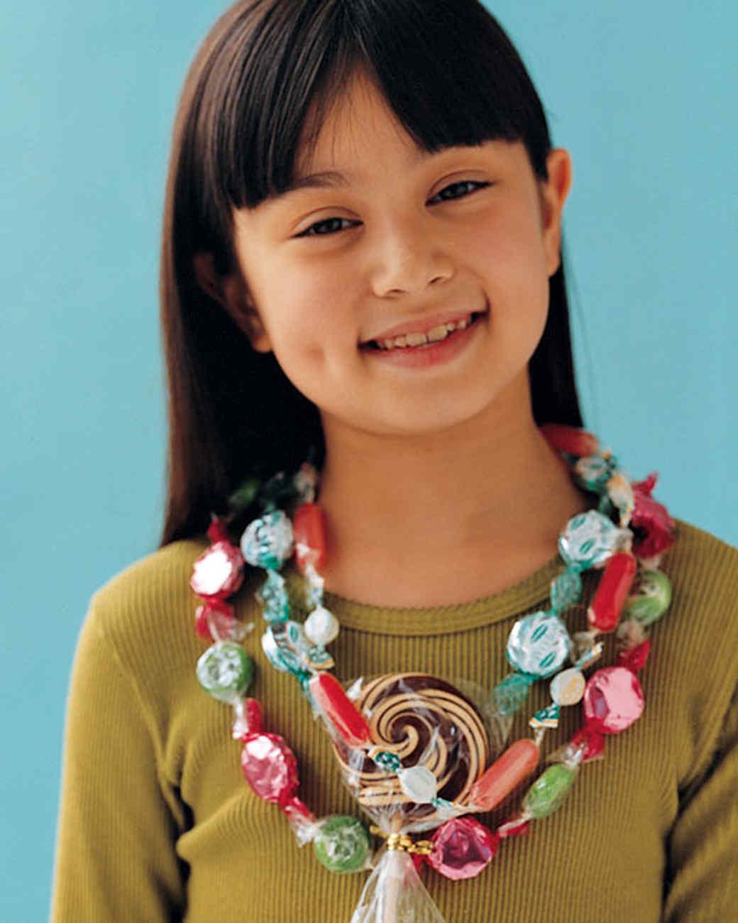 mslkids_1003_candy_necklace.jpg
