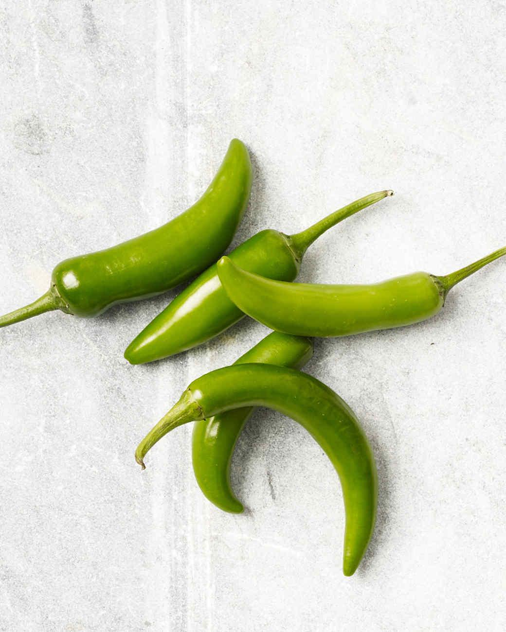 serrano-peppers-182-d110163.jpg