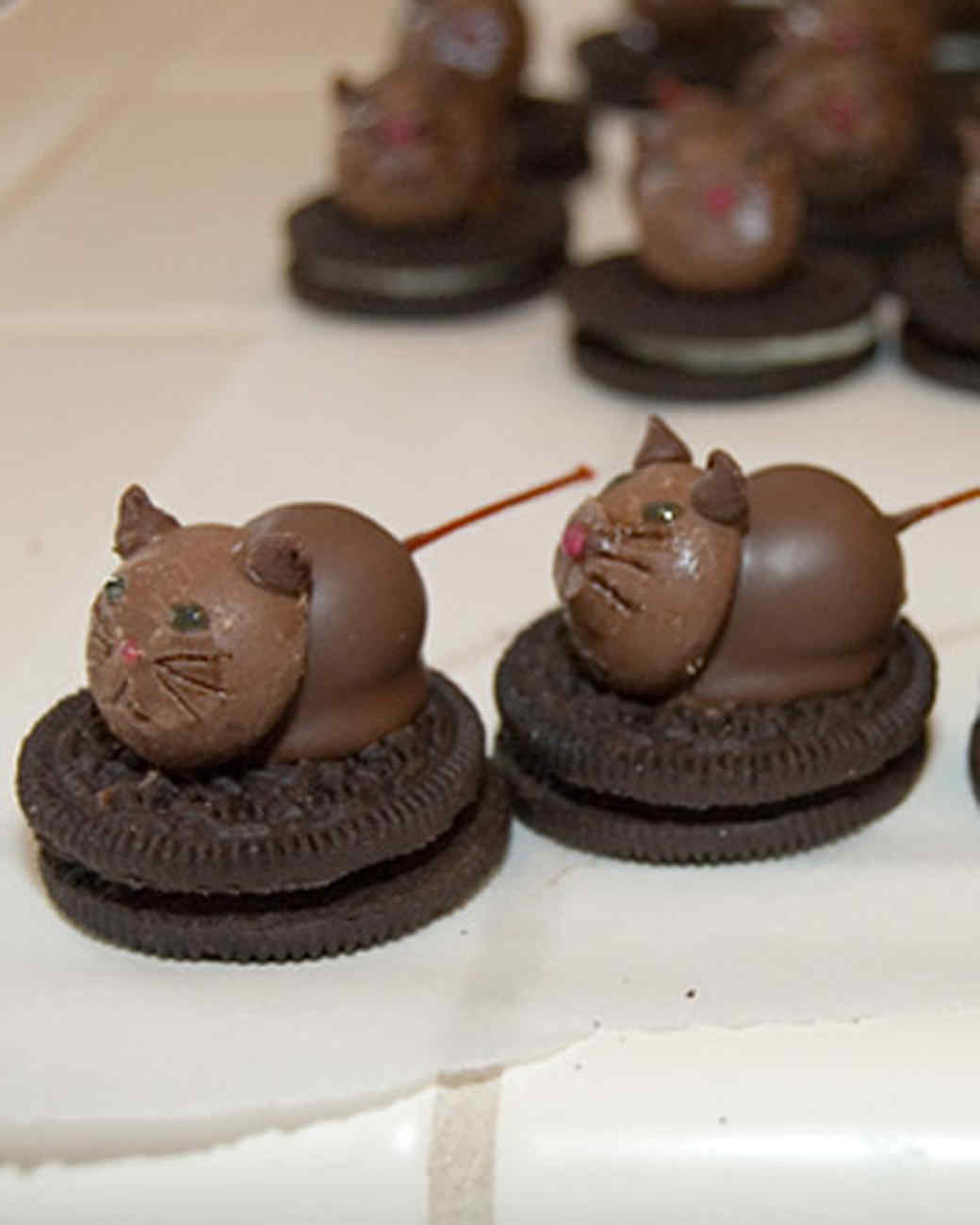 w_3kidsnotime_chocolatekitt.jpg