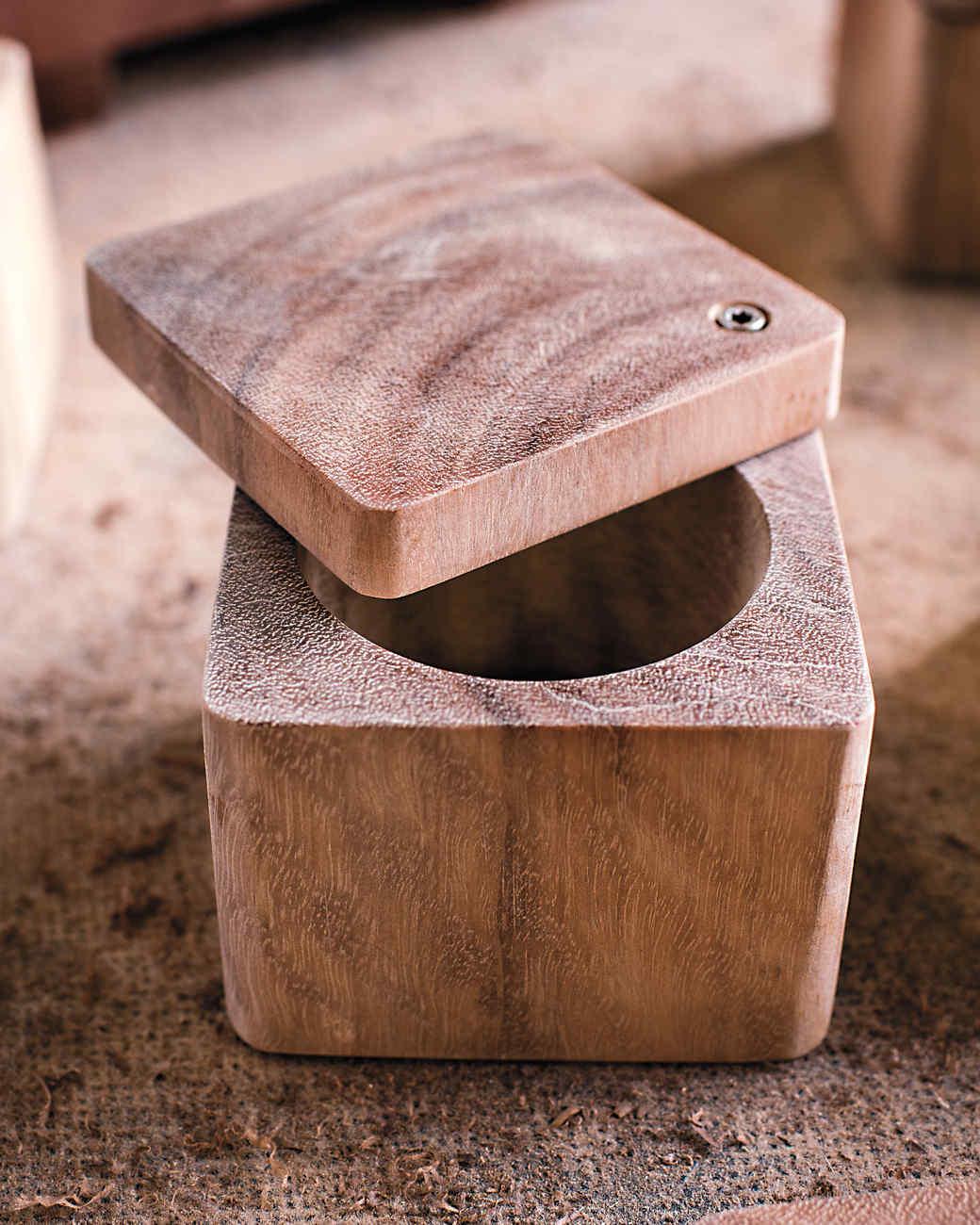 wooden-palate-477-mld110682.jpg