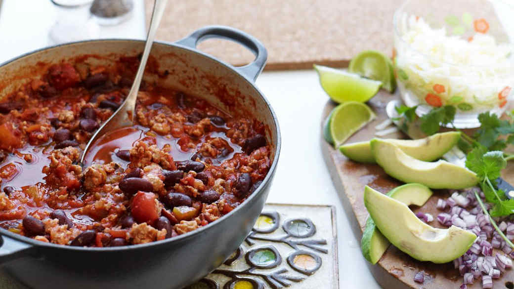 hearty-turkey-chili-wd106883.jpg