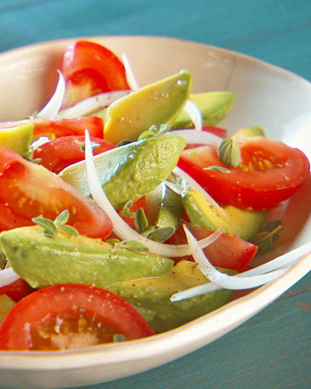 mh_1032_tomato_avocado_salad.jpg