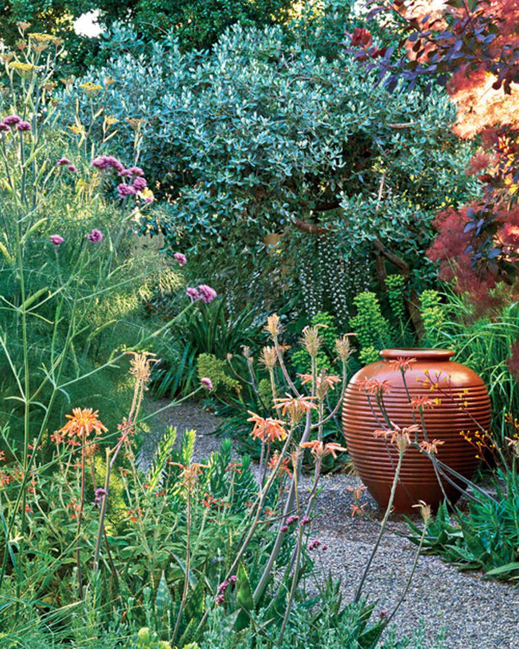 mla10490_0809_vought_garden6.jpg