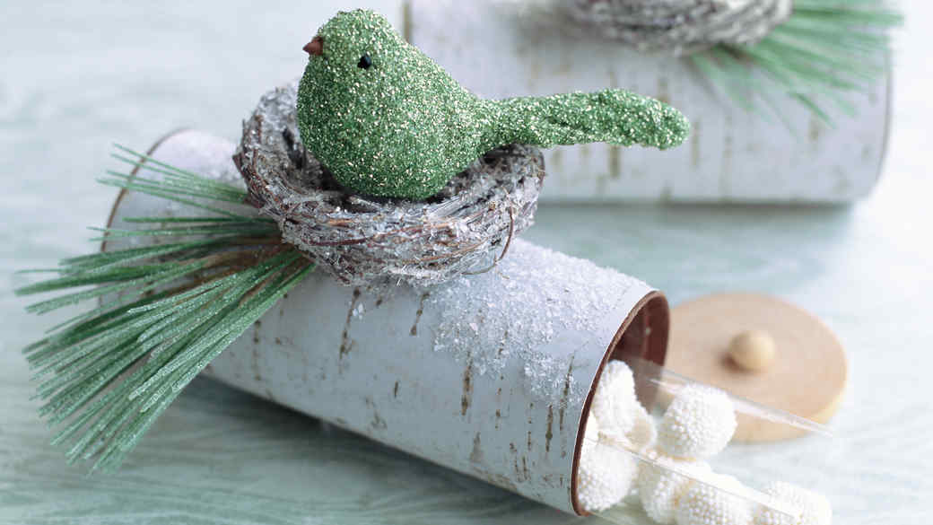 9 Paper Roll Crafts You Can Make With the Whole Family