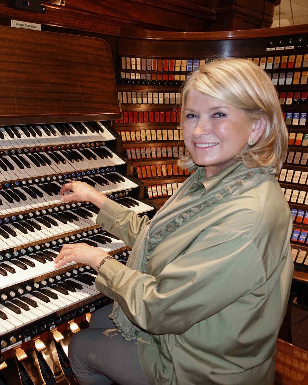 philly-book-signing-organ-24.jpg