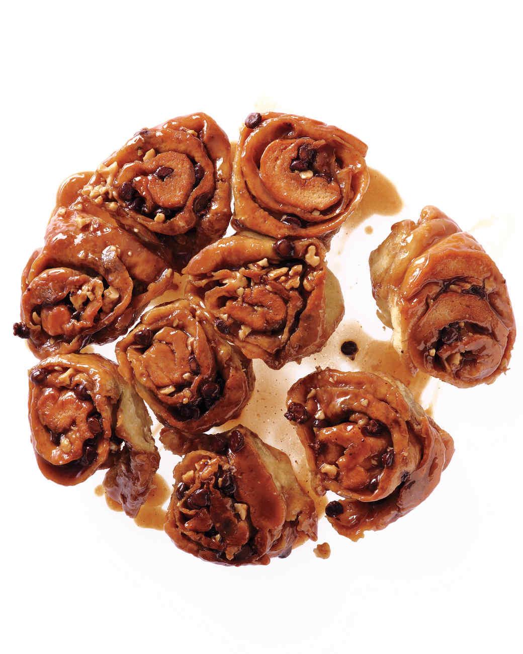 walnut-chocolate_sticky_buns.jpg