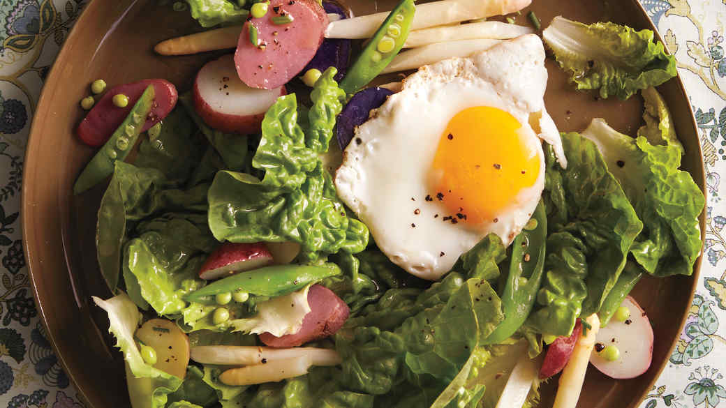 butter-lettuce-salad-md110878.jpg