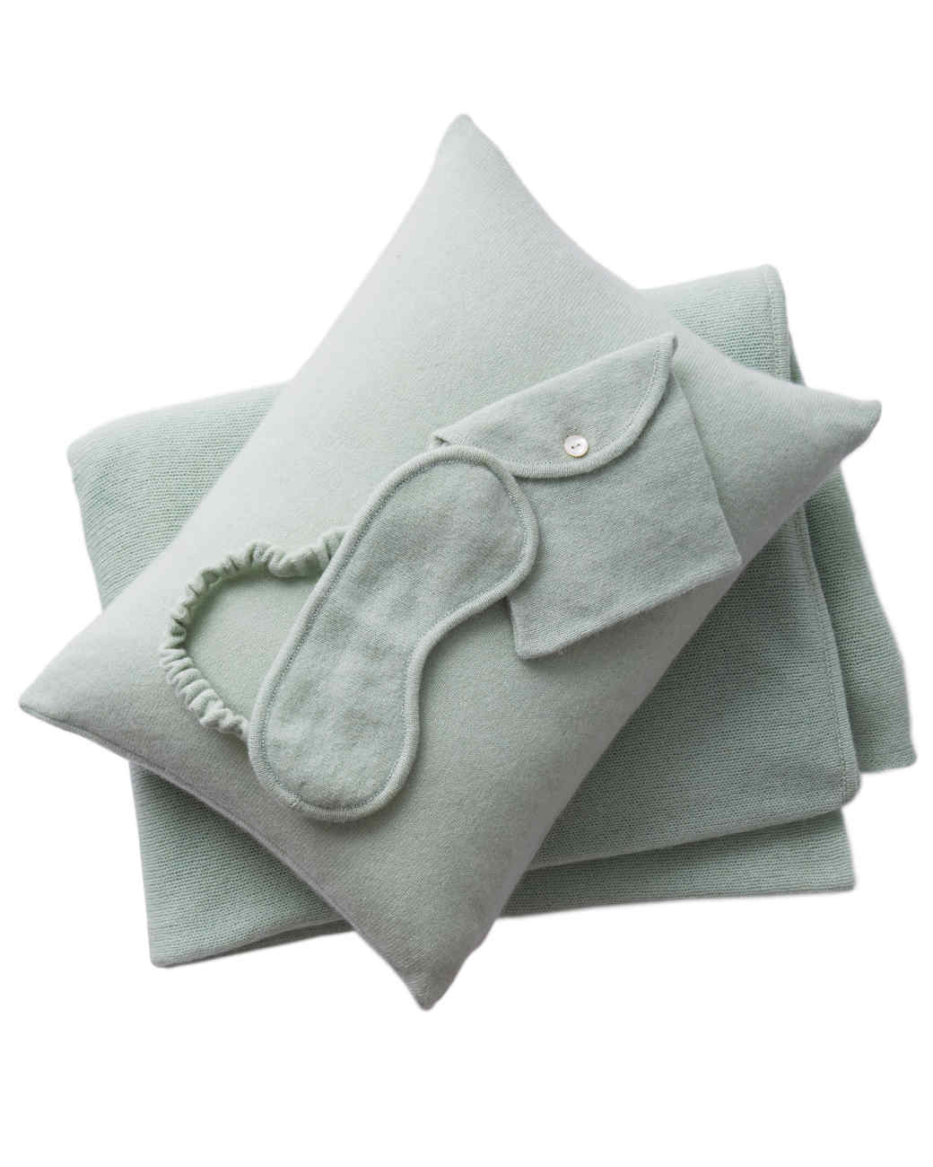 green-blanket-set-308-d111535.jpg