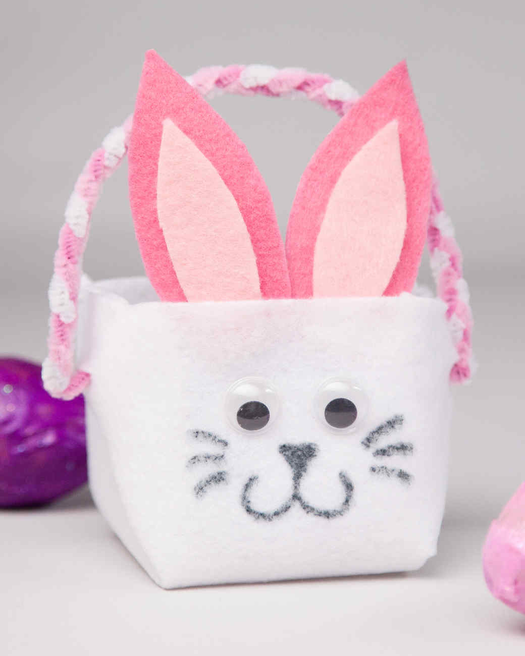A Nosew Bunny Easter Basket