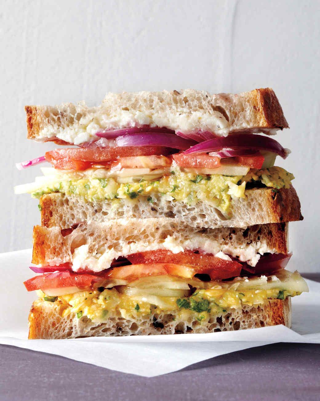 med106560_0311_sandwich_greek.jpg