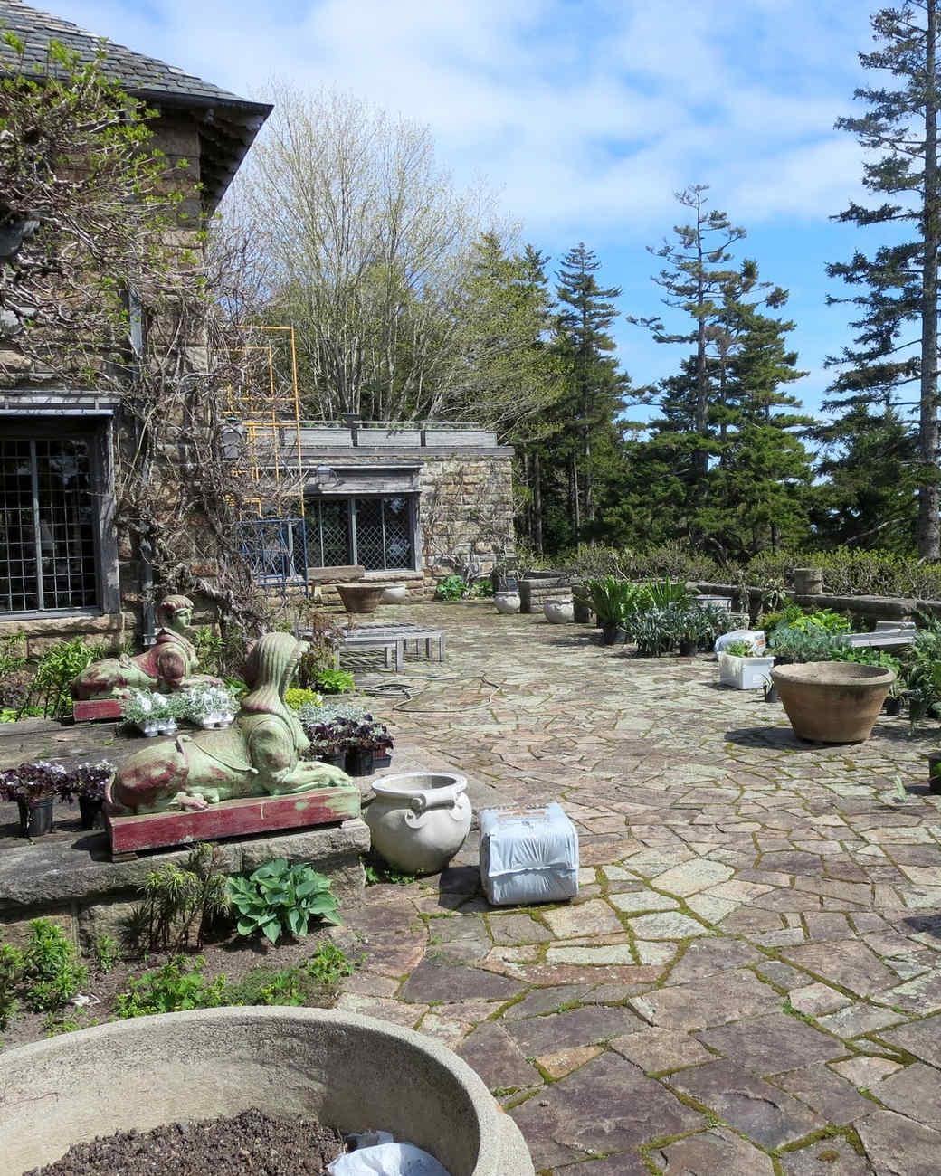 planting-urns-skylands-1-0514.jpg