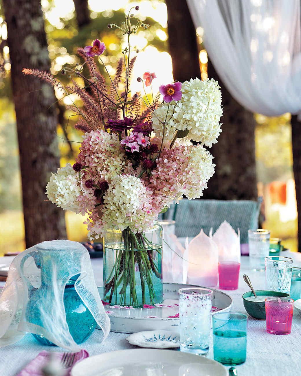 table-ee-summer-0430-md109287.jpg