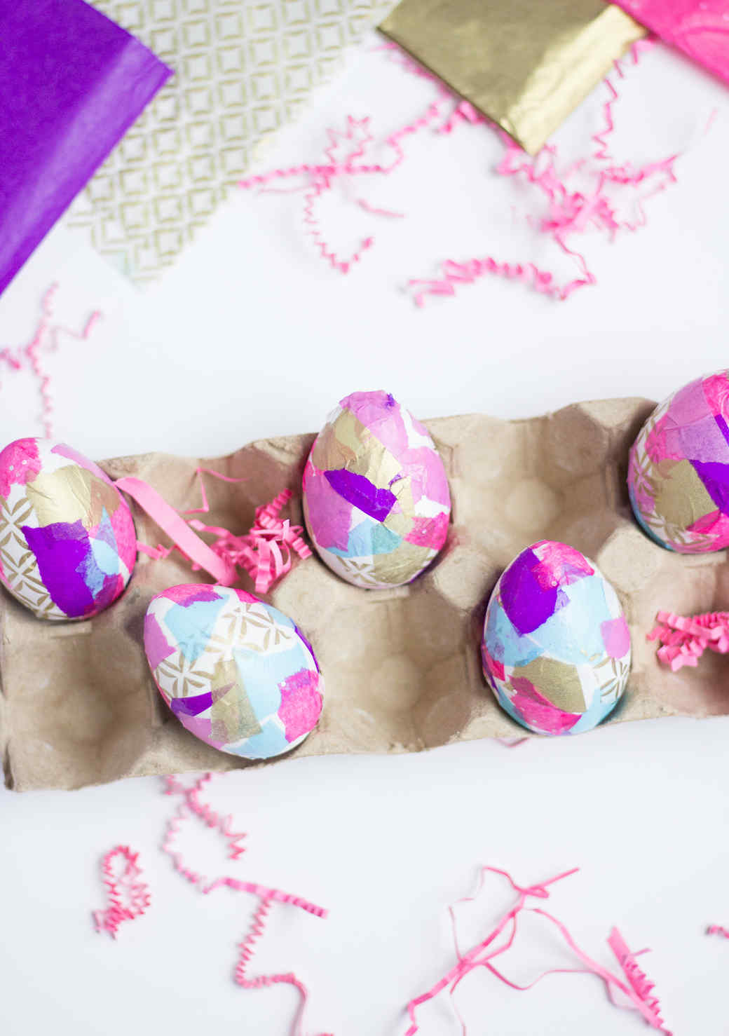 tissue-paper-easter-eggs-1215.jpg (skyword:211135)