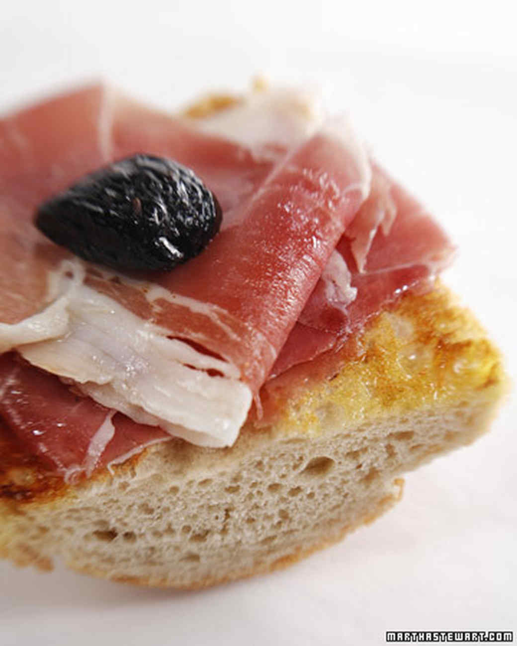 prosciutto sandwitch