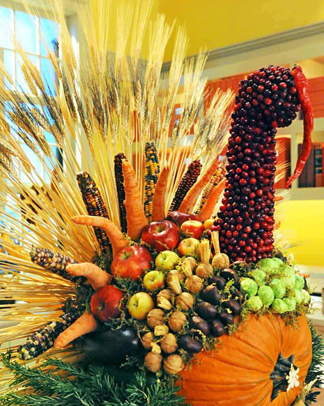 6046_111610_turkey_centerpiece.jpg