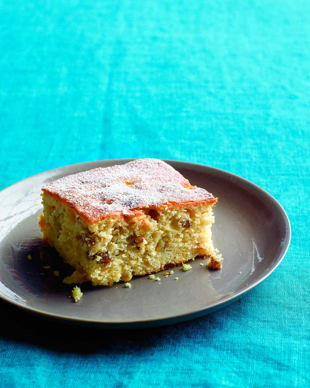 apple-pecan-cake-md107508.jpg