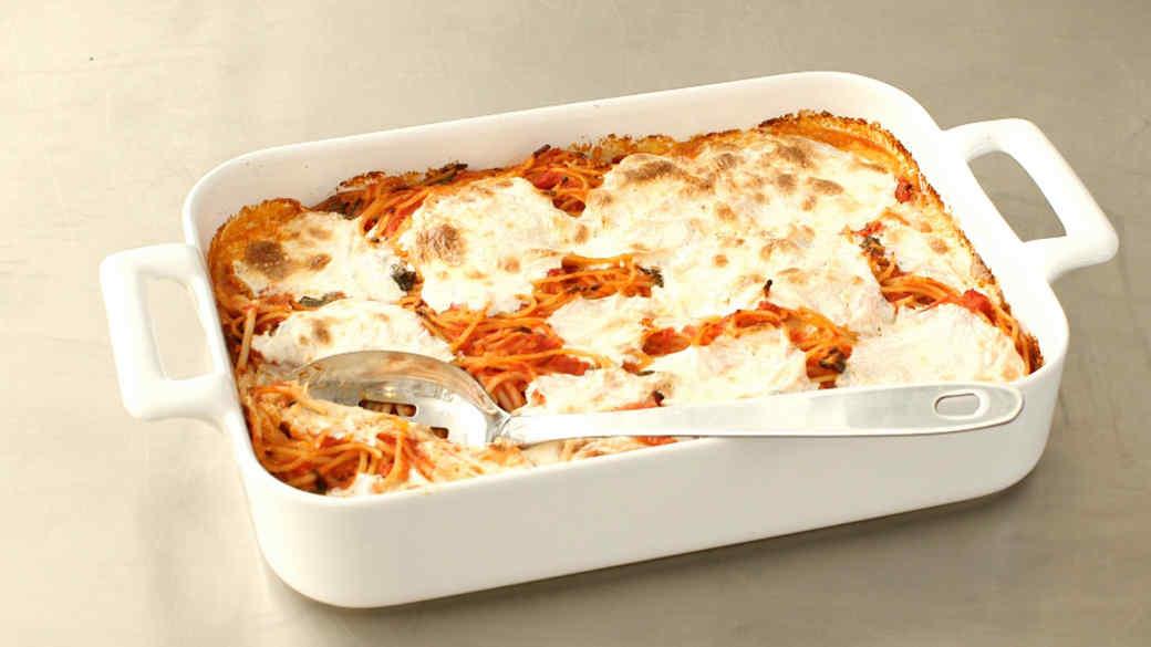 Baked Spaghetti and Mozzarella